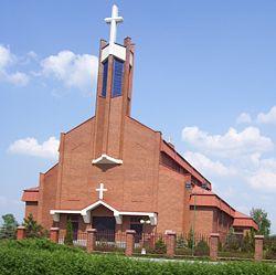 250px-PiotrkowTryb_church_Milosierdzia_Bozego.jpg