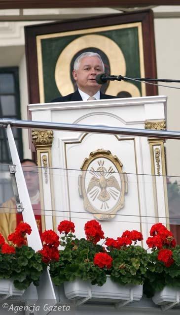 Kaczyński na Jasnej Górze.jpg