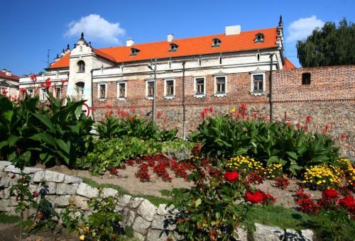 Były Klasztor Panien Dominikanek, miejskie mury